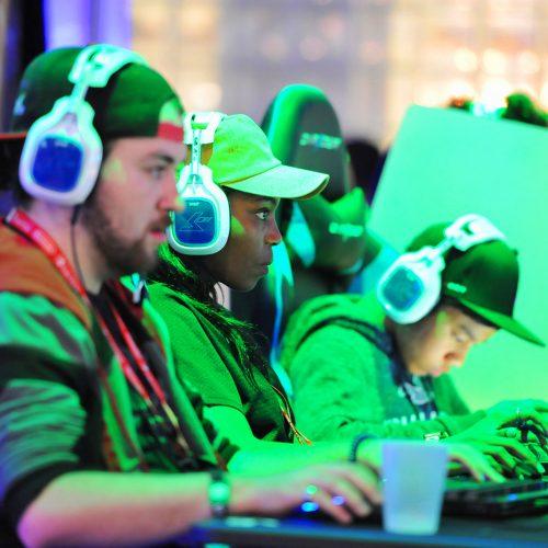 Mobile Games Battle